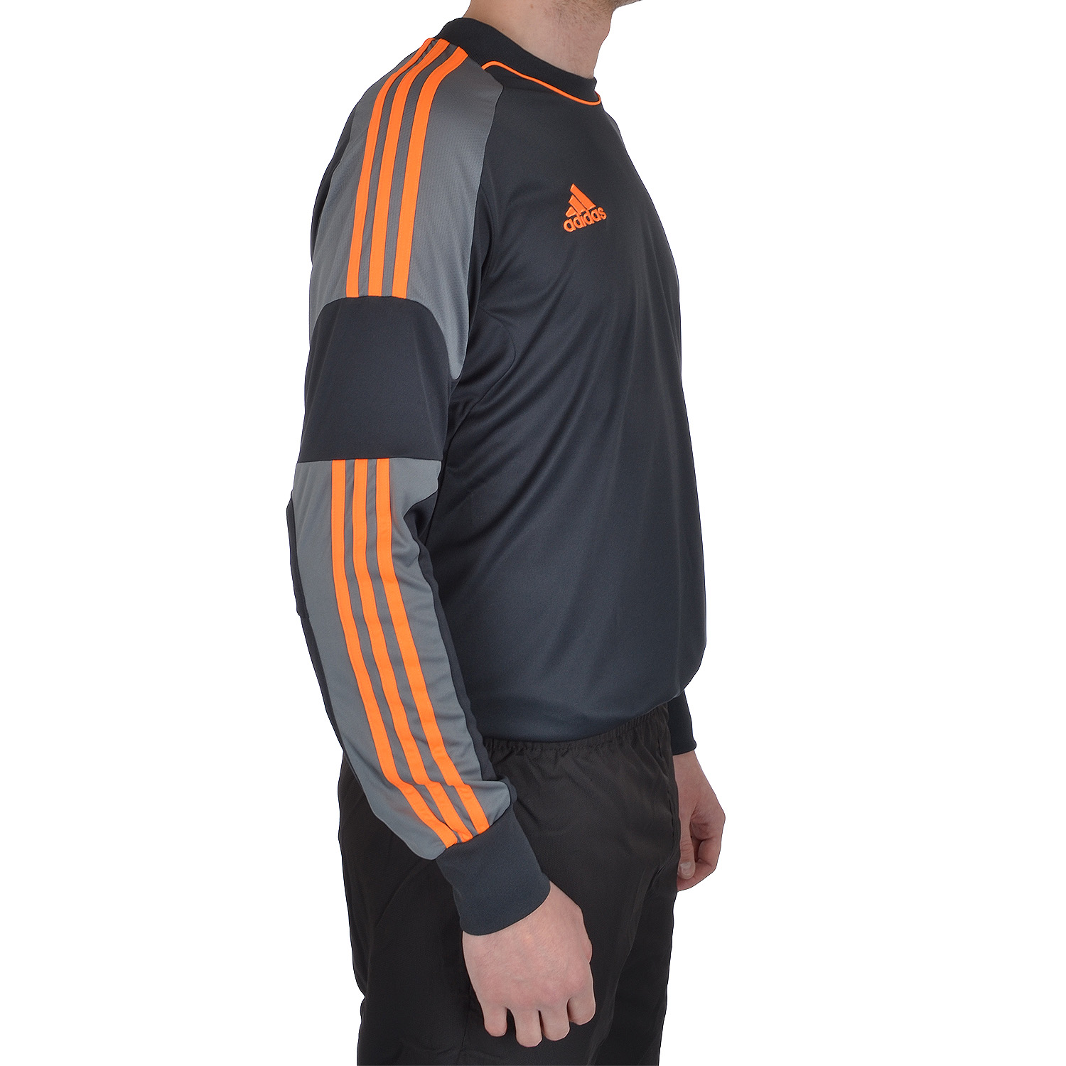 21540 - Adidas Revigo Goalkeepers Shirts (XL) Europe