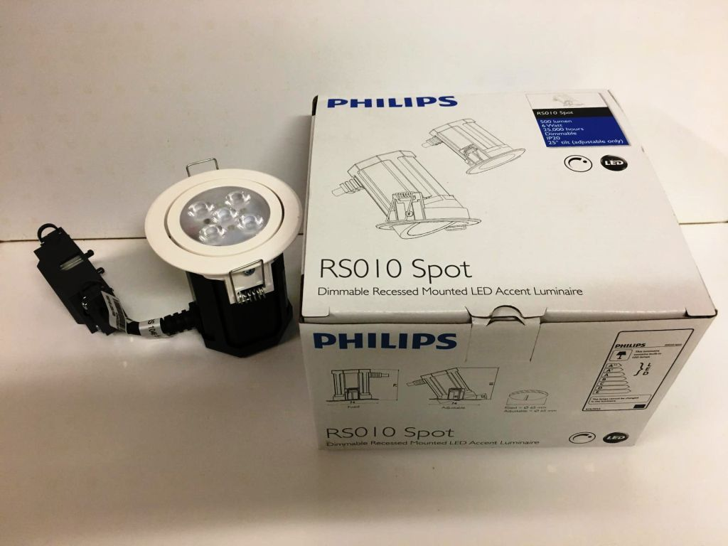 24099 - PHILIPS lamps Europe