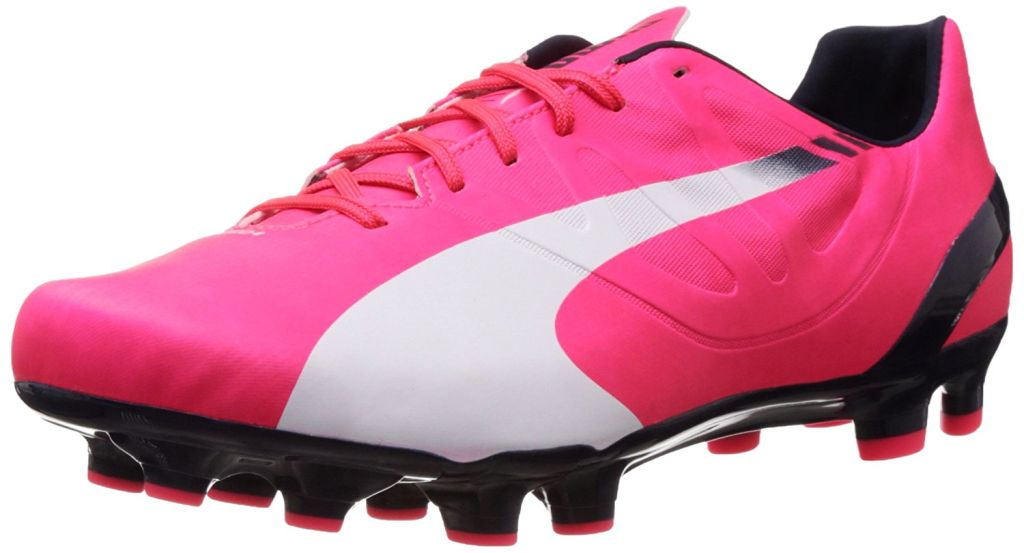 25742 - PUMA soccer shoes Europe