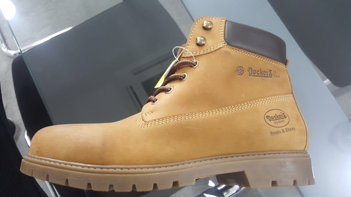 26566 - Stock Dockers boot shoes Europe