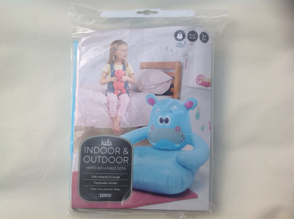 27159 - Inflatable kids character sofa Europe