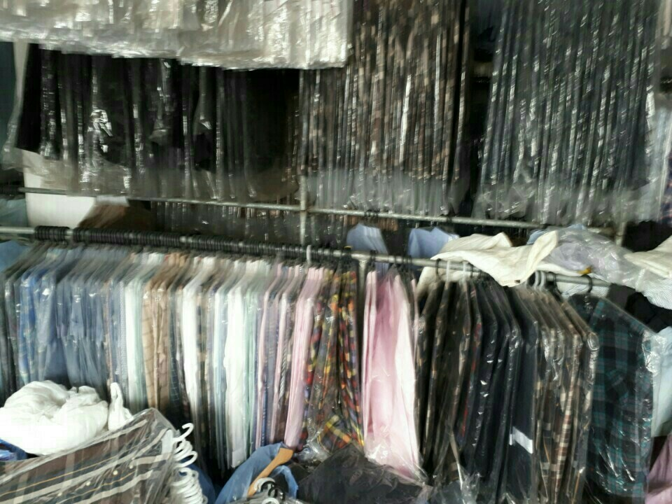 27858 - MAN'S SHIRTS STOCK IN KOREA