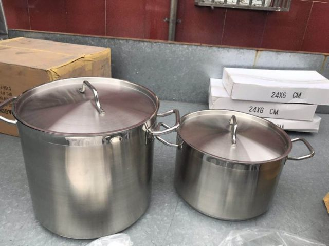 32762 - Stocklot 304 Stainless Steel Cookware Sold by weight China