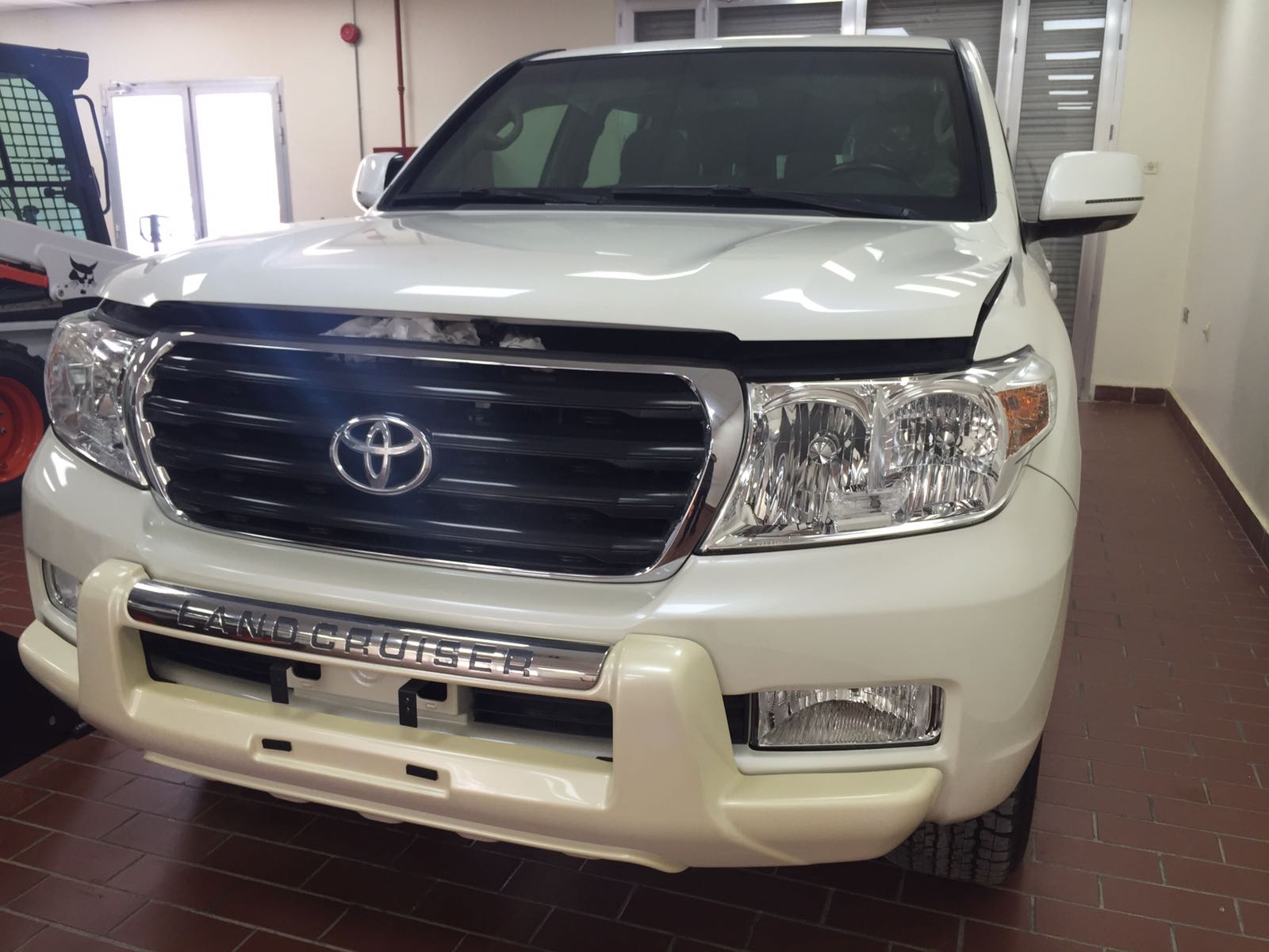 32683 - TOYOTA LAND CRUISER ARMORED Kuwait