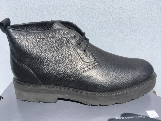34051 - New deals in stock leather shoes Europe