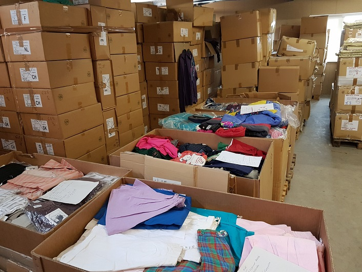 35907 - Kilostock, 15.000 kilo new clothes ready for shipment Europe