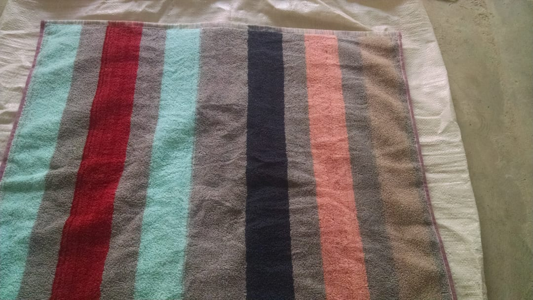 36902 - YARN DYED BATH TOWELS 70X140 A GRADED QUALITTY FRESH Pakistan