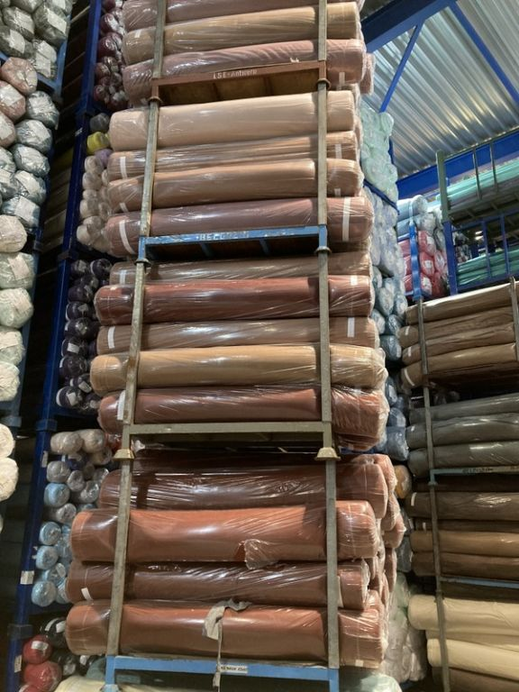 38971 - New stock offer: 14.450 kg wool fabrics Europe