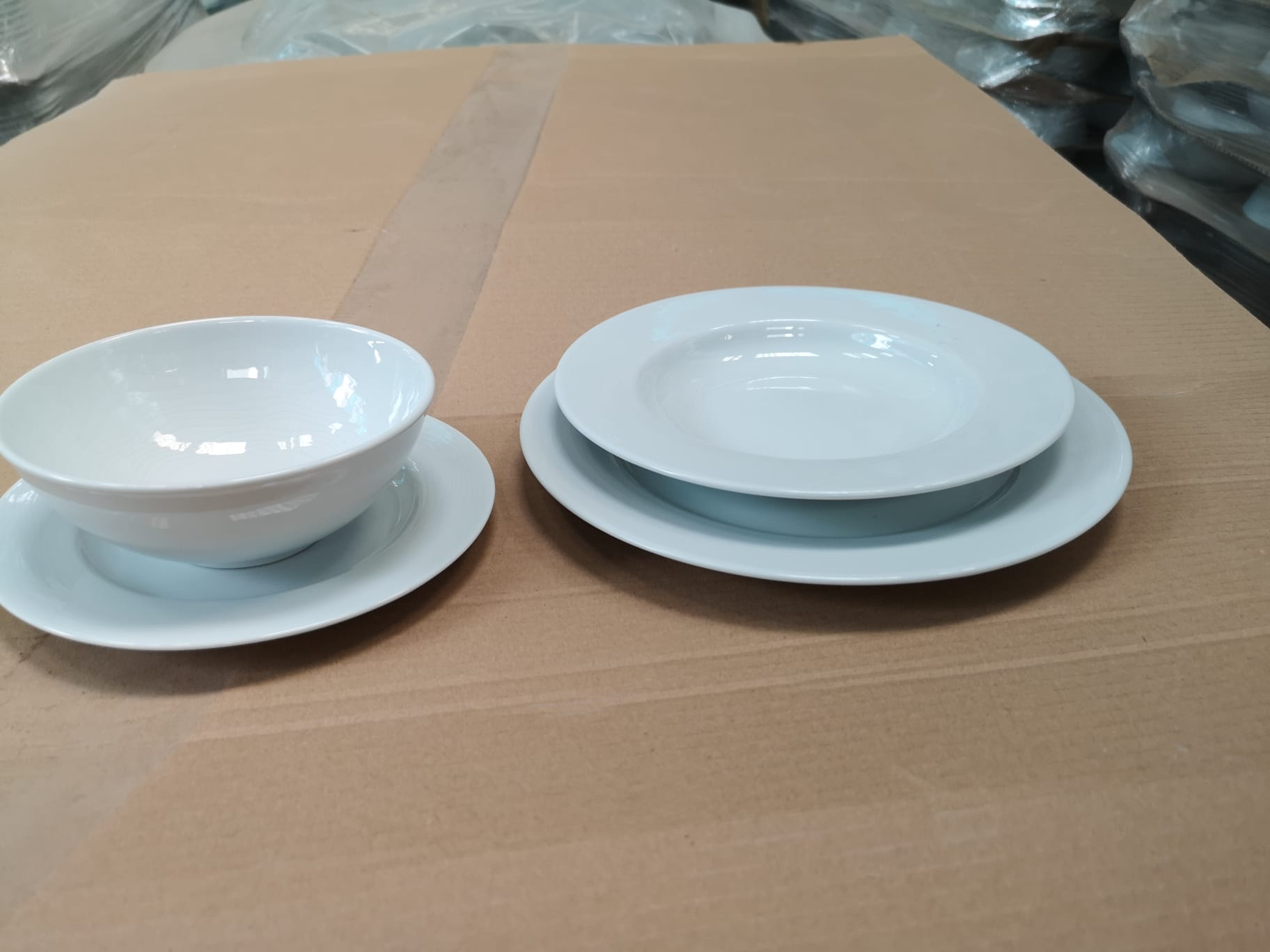40882 - Portuguese porcelain high quality Europe